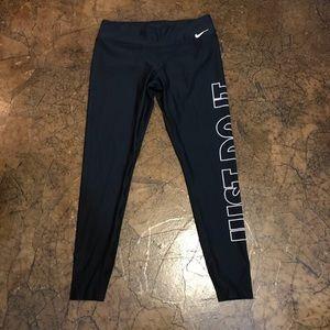 Nike Pants - NWT Nike Leggings